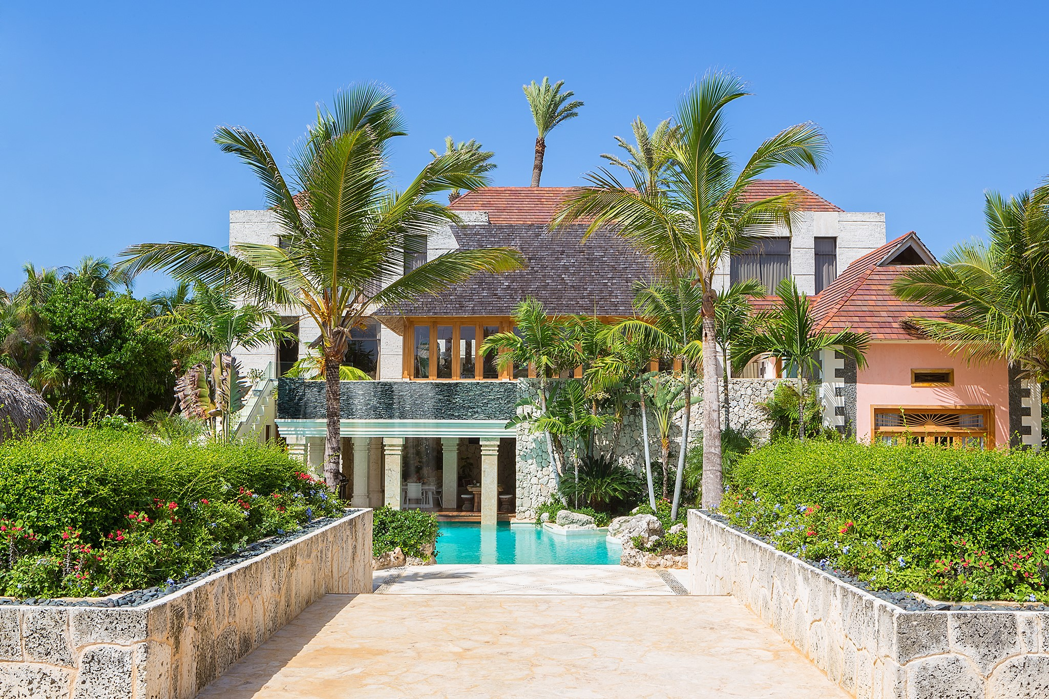 <b>5 Bedrooms, 14,897 sq. ft.</b><br/>Jack Nicklaus Signature Golf Front Villa and Ocean Views