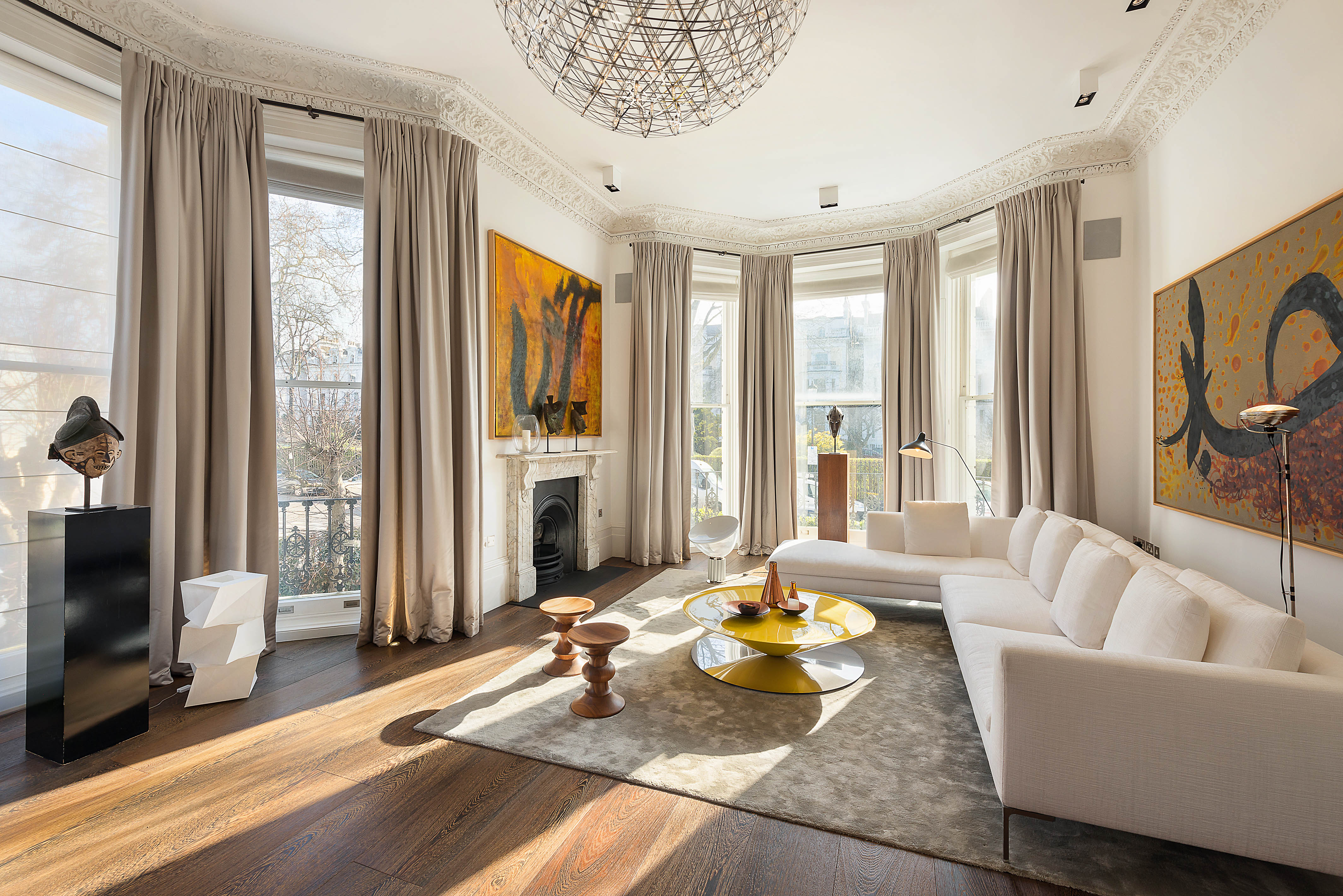 Although London's £2 million-plus sector recorded a 4% annual increase in the number of property sales, volumes still are lagging the rapid pace set in the earlier part of the decade.
