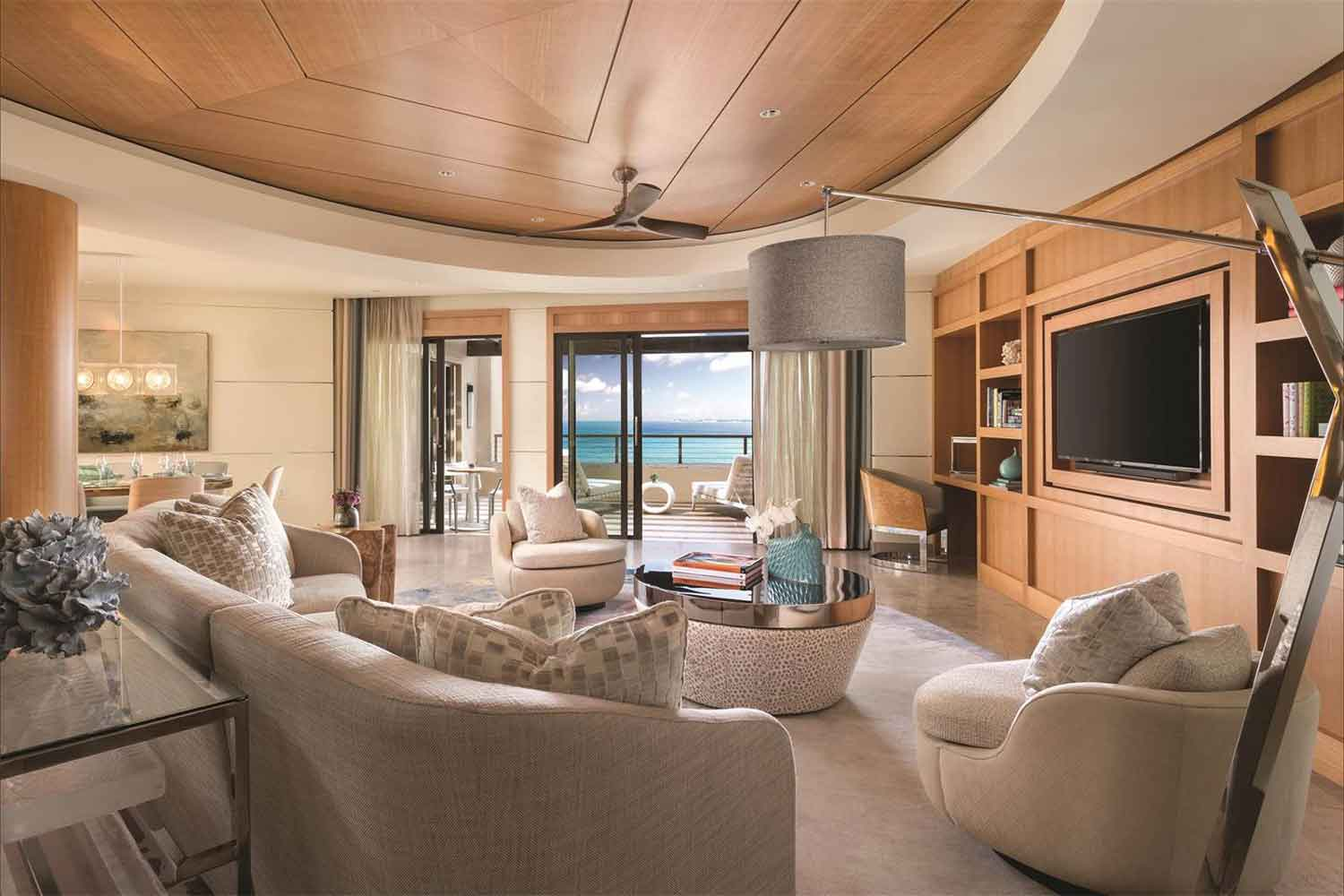 <b>Seven Mile Beach, Cayman Islands</b><br/><i>2 Bedrooms, 3,075 sq. ft.</i><br/>Penthouse with ocean views of Seven Mile Beach