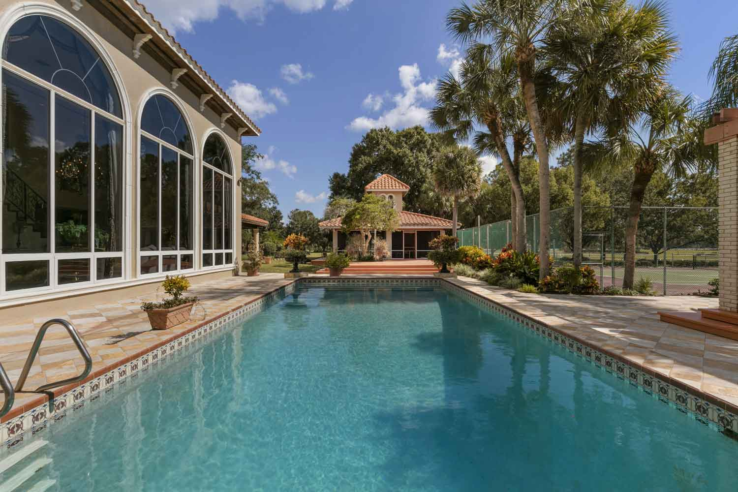 <b>Tavares, Florida</b><br/><i>3 Bedrooms, 4,742 sq. ft.</i><br/>Elegant equestrian estate on 152 acres