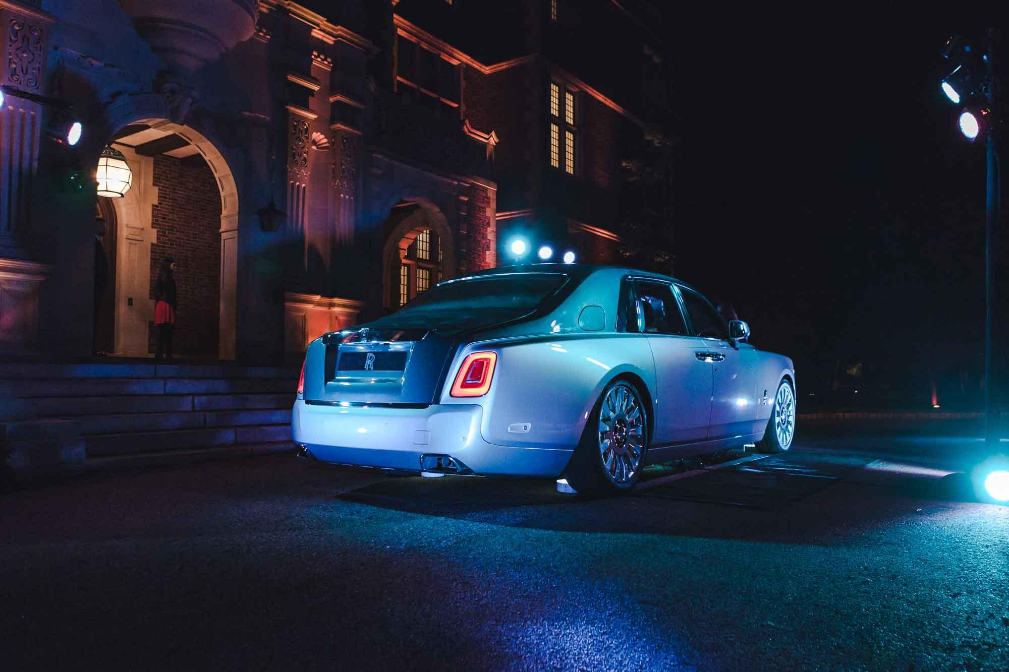 The Rolls-Royce Phantom VIII in front of the famed Darlington mansion.