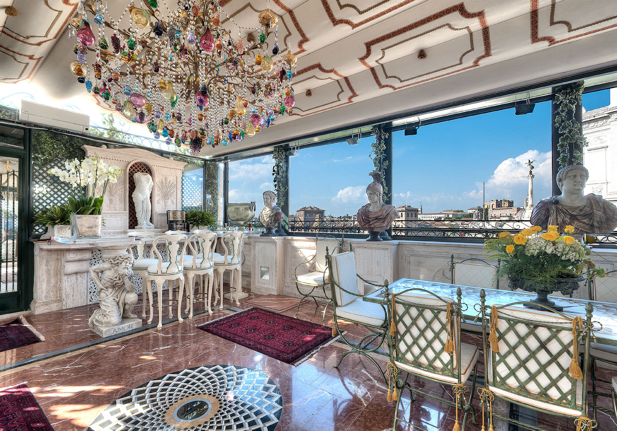 This historic palazzo in the heart of Rome has breathtaking 360-degree views of the Piazza Venezia, the Santa Maria in Ara Coeli, and the National Monument of Victor Emmanuel II.
