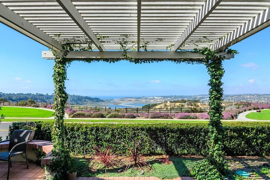 This three-bedroom residence near the village of Del Mar serves up panoramic views.