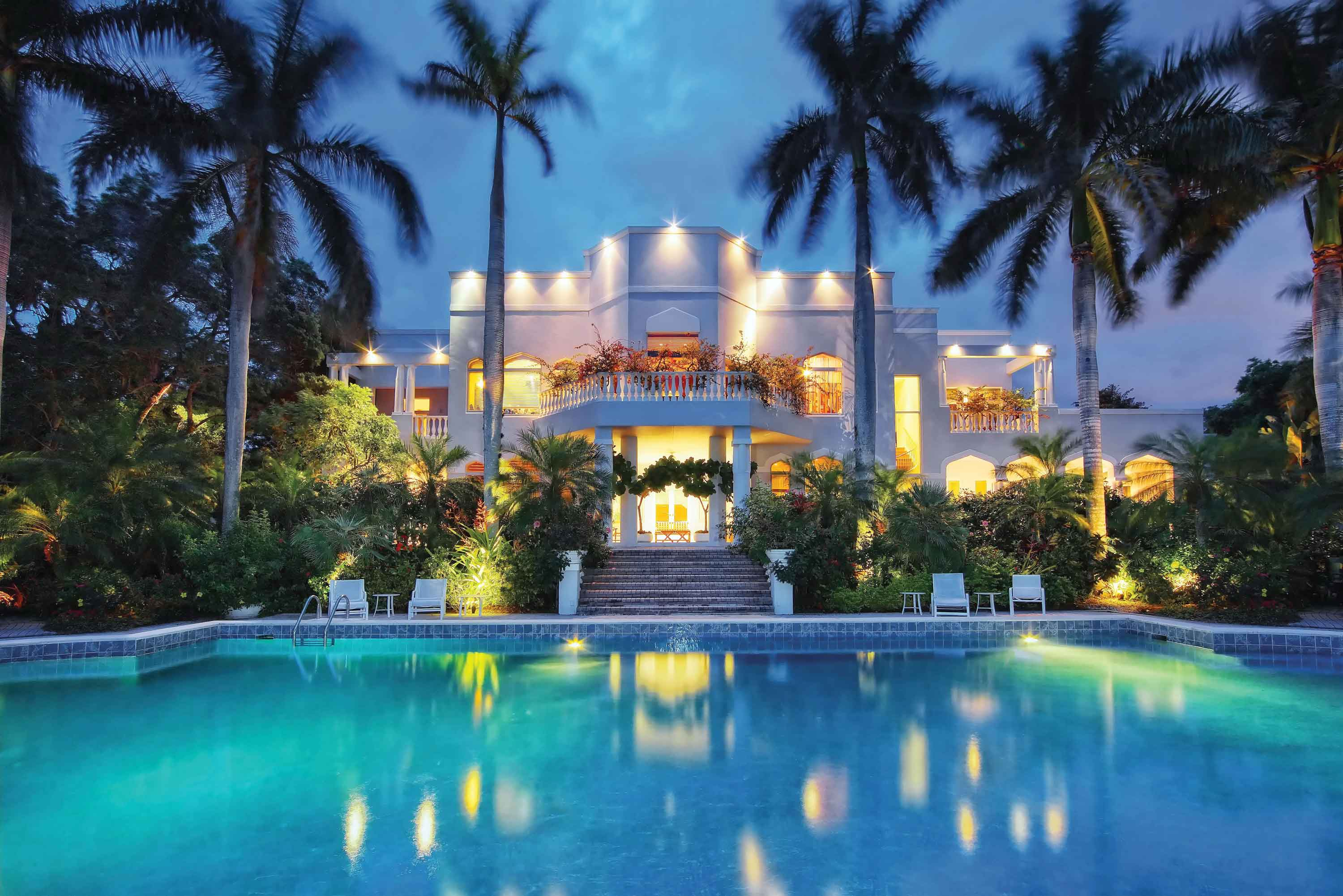 The luxury property market in Sarasota, Florida flourished in 2017, with a 30% annual increase in million-dollar-plus sales.