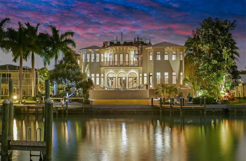 <b>5 Bedrooms, 8,031 sq. ft.</b><br/>Waterfront home with western water and sunset views