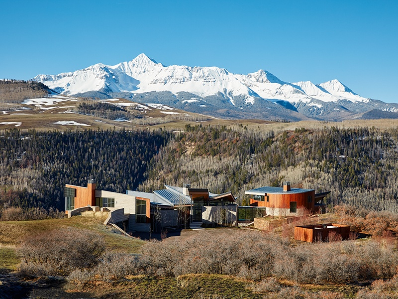 """Dipping up and down, the profile of Sunset Ridge is, say the architects, a """"natural expression"""" – a design influenced by the mountainous landscape of Telluride."""