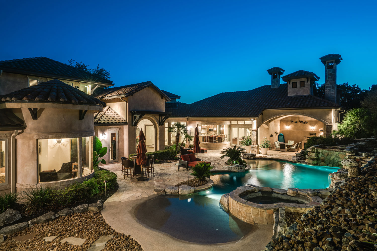 Everything is bigger in Texas: This ultra-luxurious Hill Country estate evokes the splendor of the Tuscan countryside yet with 21st-century creature comforts—Texas style.