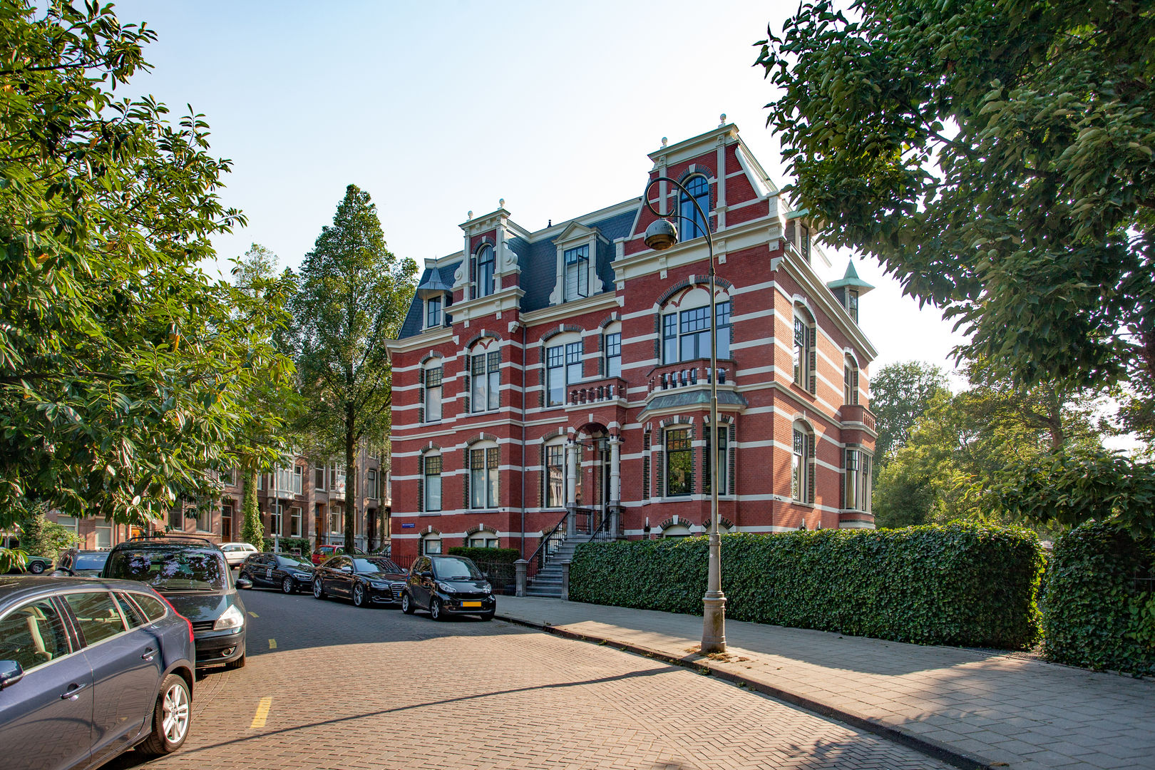 Van Eeghenstraat Mansion in Amsterdam