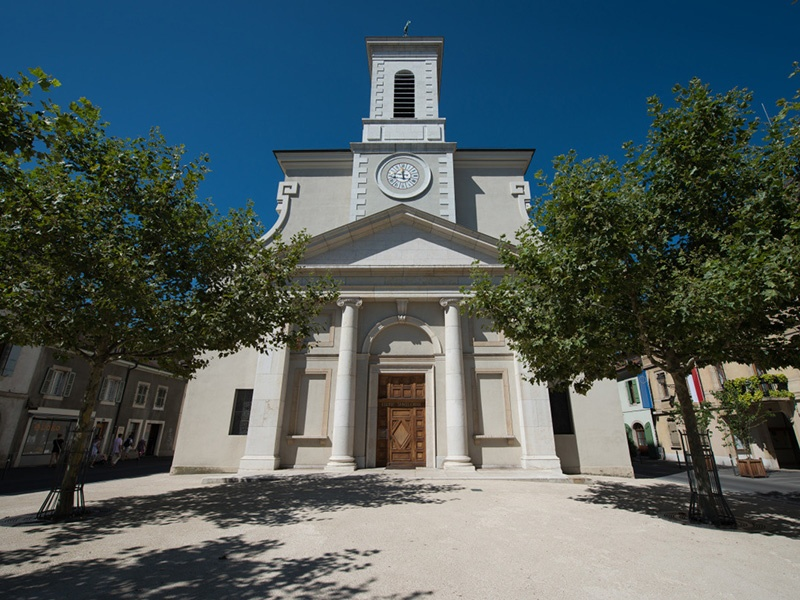 Carouge's unique architecture reflects its Sardinian heritage, and the picturesque streets are full of cafes, bistros, and antique shops. Photograph: Geneva Tourism/Olivier Miche