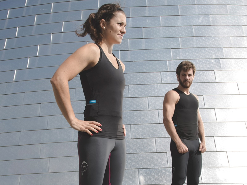The Hexoskin Smart range of shirts provides a new way for wearers to analyze and understand their health and fitness performance. Utilizing Bluetooth technology, they are used by NBA players, Cirque du Soleil, military and aerospace organizations, and thousands of athletes, trainers, and health professionals all over the world.
