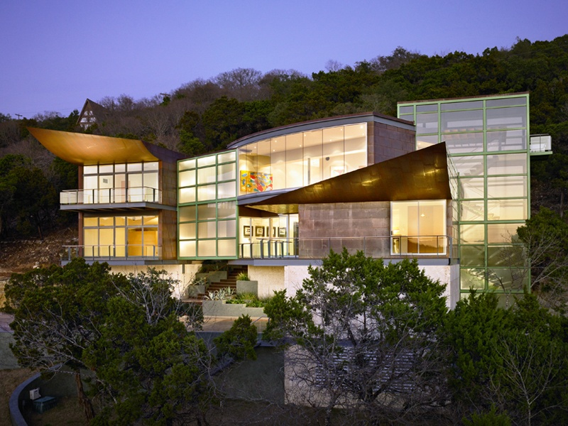 Soaring Wings in Austin, Texas, won the Silver Award for Custom Contemporary Home of the Year at the 2009 Dream Home Awards.