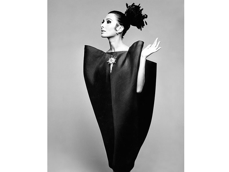 "Alberta Tiburzi in Cristóbal Balenciaga's iconic ""envelope"" dress, Harper's Bazaar, June 1967. <i>Balenciaga: Shaping Fashion</i>, sponsored by American Express, is at the V&amp;A until February 18, 2018. Photograph: ©Hiro 1967"