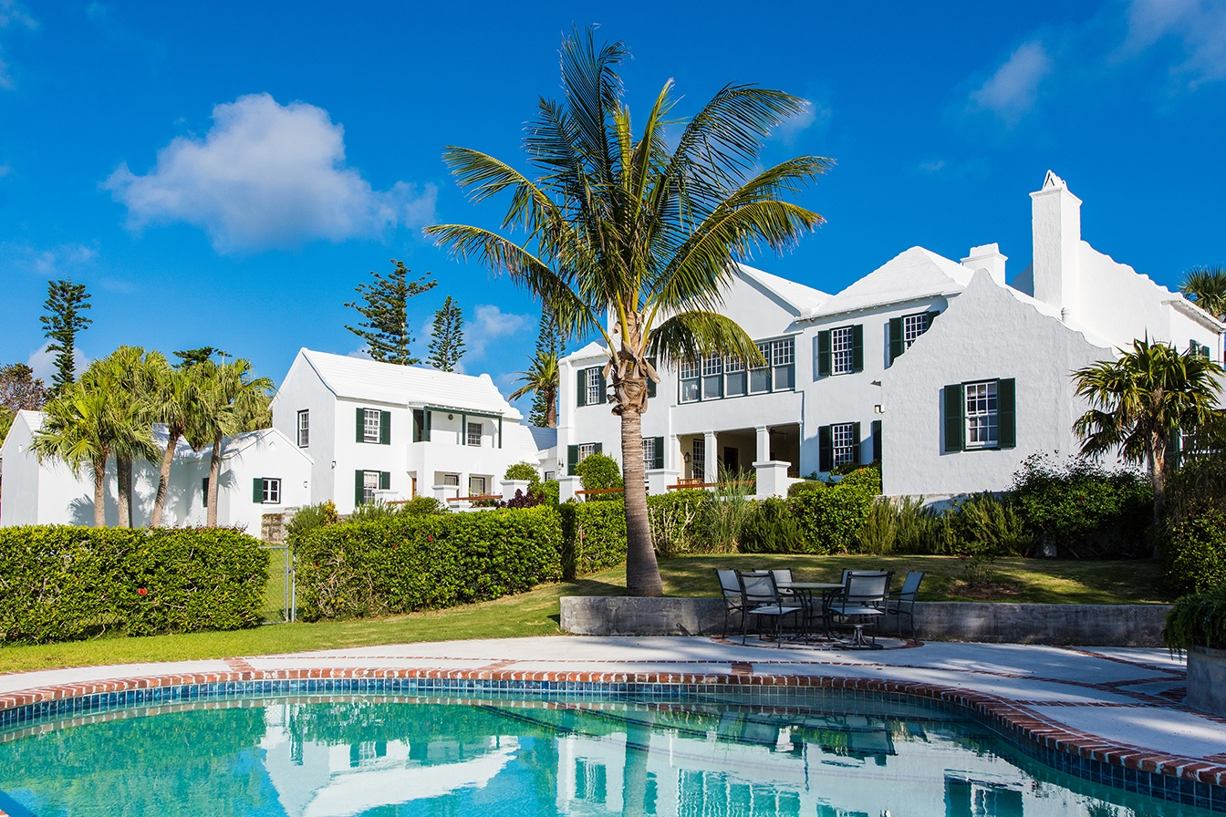 A historic Bermuda landmark, Bellevue was built in 1871. American playwright Eugene O'Neill lived at the estate and used the guest house as his writing den.
