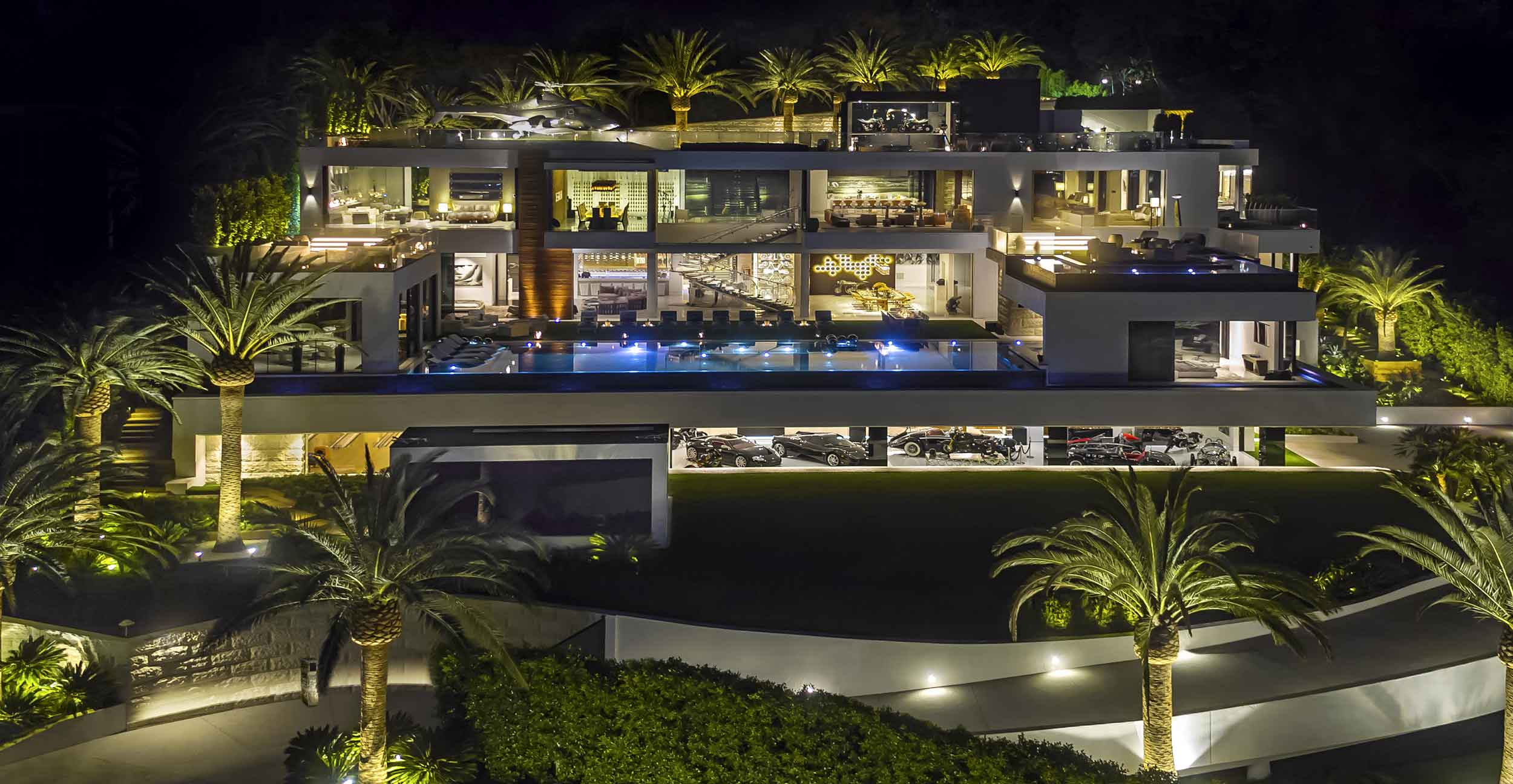 The Billionaire—an ultra-luxury spec home in Los Angeles, California