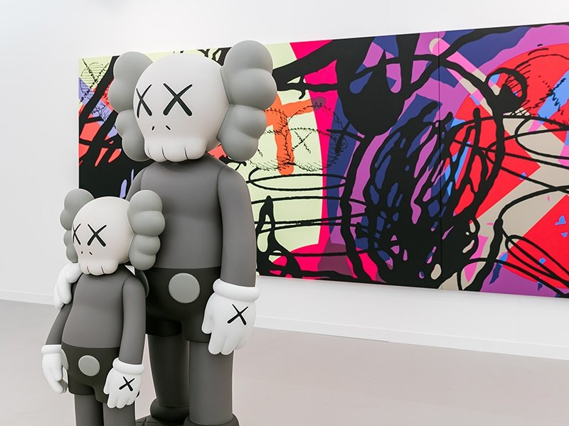 Focusing on contemporary art and living artists, Frieze London draws thousands of art enthusiasts to Regent's Park each year.