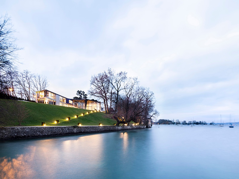 This modern lakeside home in Genthod, Switzerland, is close to the center of Geneva as well as the airport—ideal for jet-setters. Photograph: SPG Finest