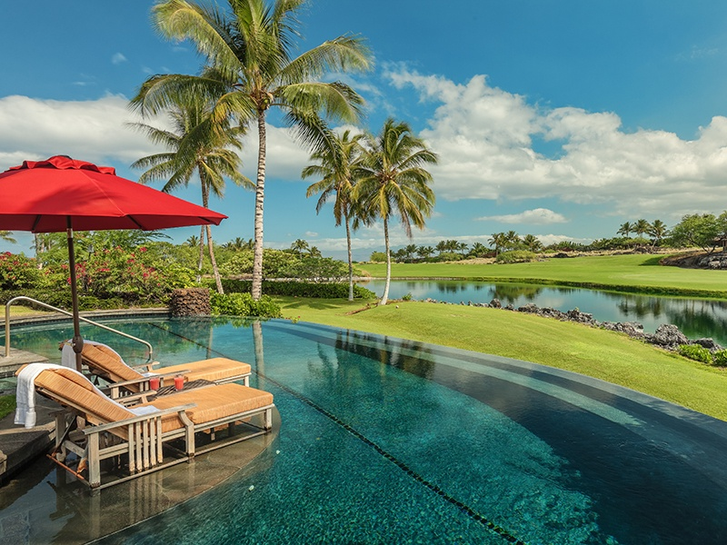 Watch PGA Tour players compete from your lanai, which has views of the fifth hole of the Jack Nicklaus-designed course. Photograph: Hawaii Life Real Estate Brokers