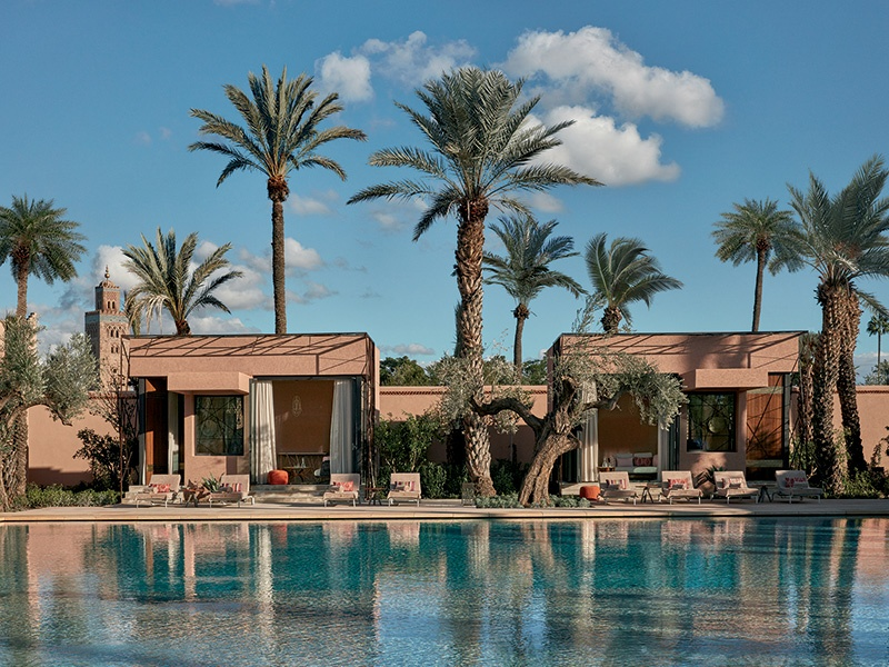 Seven pavilions flank the pool at the center of the gardens. Olive trees form the backbone of the garden, while palm groves create shady areas or sun-dappled clearings.