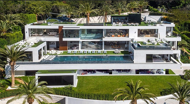 From the sprawling entertainment terraces to the five bars and four-lane bowling alley, this Los Angeles property features a stunning variety of amenities. Photograph: Hilton & Hyland Real Estate/Rayni & Branden