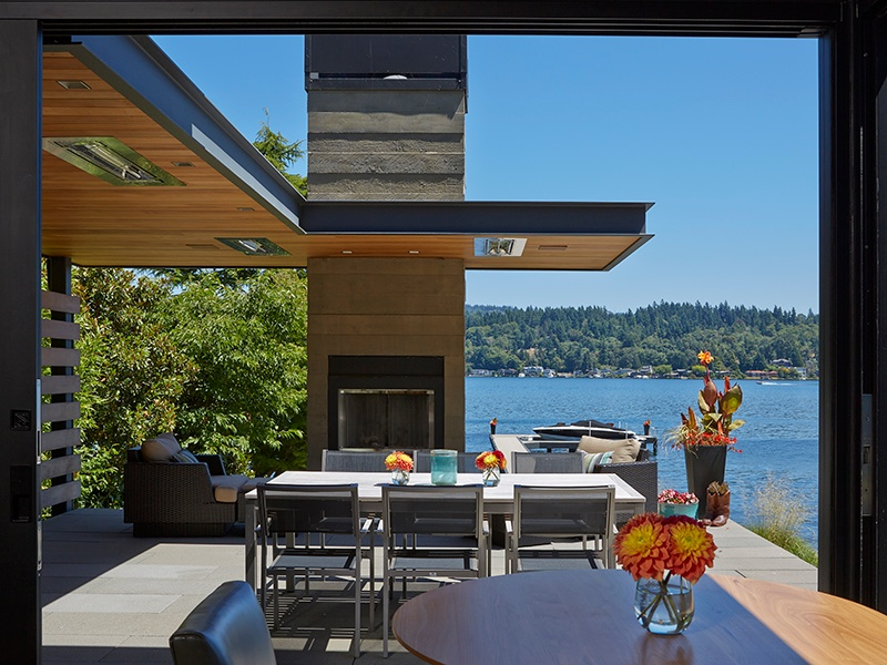 At Eastlight, designed by McClellan Architects of Seattle, the inclusion of radiant heaters ensures maximum use of the outdoor space throughout the year. Photograph: Patrick Barta