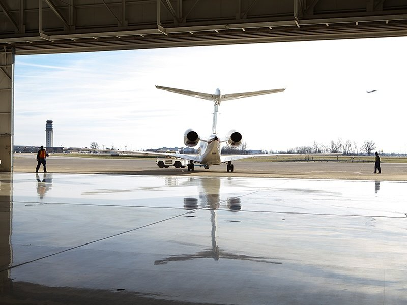 Private boarding lounges simplify customs, and NetJets clients have exclusive access to secure, private points of departure. On landing, luxury ground transportation awaits for a smooth transfer.