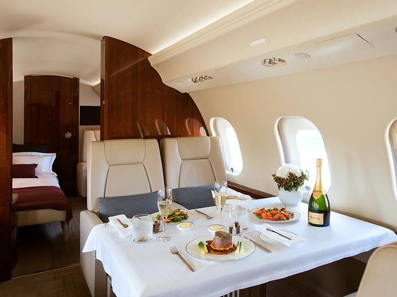 Every flight on a NetJets large-cabin aircraft offers fine dining from premier aviation caterers, with a gourmet Signature Selections Menu including options based on season and region, and all specially selected for enjoyment at altitude.