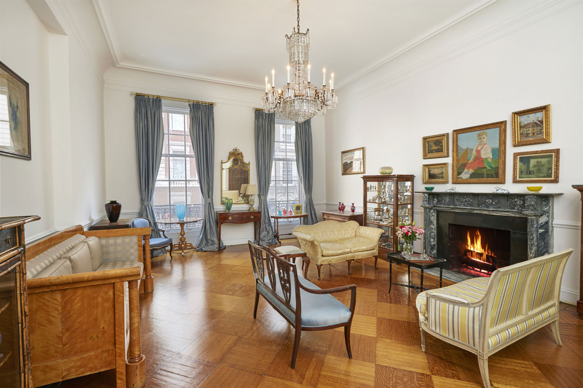 A tony address (on one of Manhattan's finest streets) and an illustrious provenance (the former home of legendary Hollywood composer Franz Waxman) are among the star qualities of this impeccable circa-1916 townhouse.