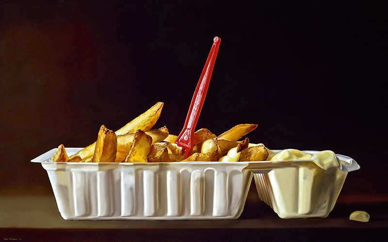 """<i>Bakje Patat</i> (1999)—translated to """"tray of french fries—is among the works that separate everyday objects from their day-to-day surroundings."""