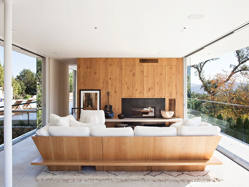 The clients dreamed of a hilltop home that was sensitive to its setting, and an example of the best in contemporary design. Jensen Architects delivered the award-winning Turner Residence. This glass pavilion housing the living and dining spaces, and affording stunning views, sits separately from the rest of the property. Photograph: Mariko Reed