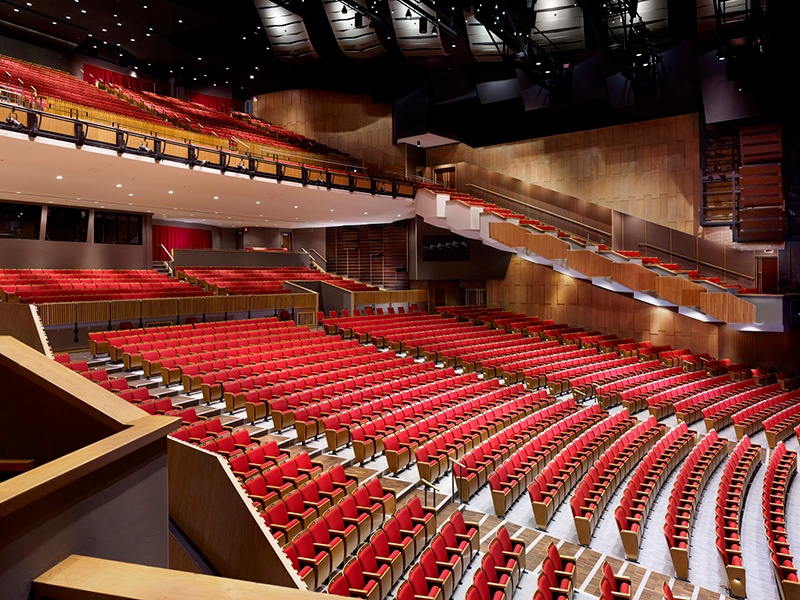 The Queen Elizabeth Theatre in Downtown Vancouver holds opera, ballet, and Broadway Across America productions in a stunningly modern setting.