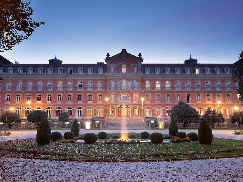 Set within picturesque parkland in northern Portugal, the Vidago Palace hotel combines the romance of a bygone era with contemporary five-star services.