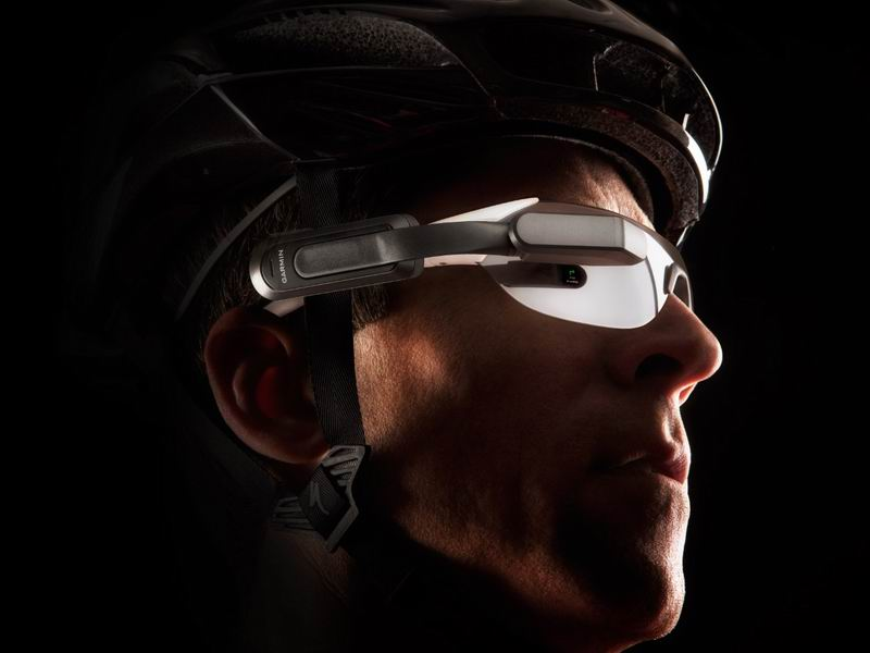 The new Garmin Varia Vision provides cyclists with an in-sight display of performance stats, and connects with a smartphone to give alerts when calls and texts come in.