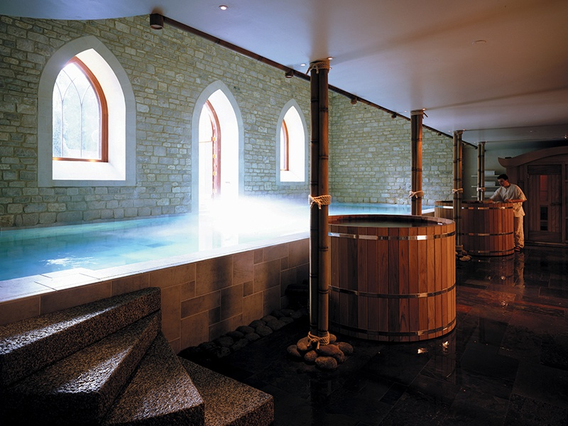 The relaxation pool and hot tub at Bath's Royal Crescent Hotel & Spa.