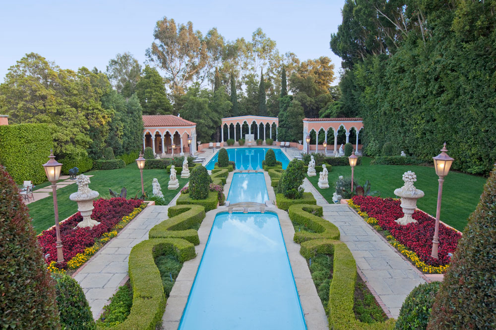 US$135 MILLION <br> The Legendary Beverly House in Los Angeles, California, is sited on approximately 6 flat acres atop a private knoll three blocks from Sunset Boulevard.