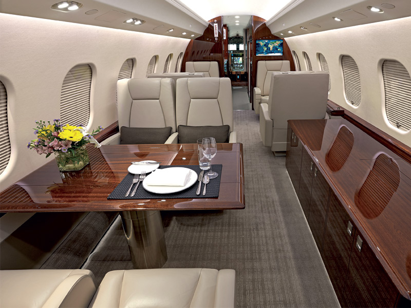 One of Netjets' Bombardier Global 6000 aircraft. The company's large stock of jets ensures maximum flexibility for their clients. Main image illustration: Mads Berg
