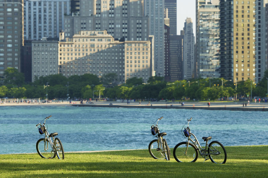 Chicago's new Streets for Cycling Plan, slated for completion in 2020, will include in a new, 645-mile network of bike lanes, and an expansion of the city's popular Divvy bike share program.