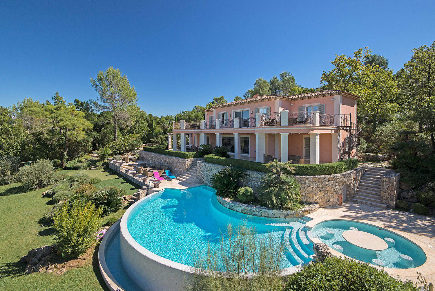 This elegant French villa is situated in the private resort community of Terre Blanche, a few minutes' drive from Cannes and Nice, in the heart of Provence. The resort features two championship golf courses and five-star hotel amenities.