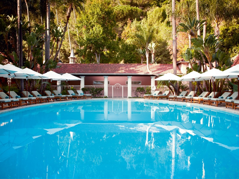 Hotel Bel-Air's aquamarine pools and picture-perfect gardens, not to mention the idyllic Swan Lake introduced by the Texan entrepreneur Joseph Drown, create a dreamy, oasis-like ambience.