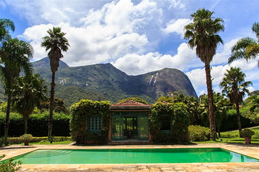 International investors are showing increasing interest in luxury properties in Brazil thanks to a drop in the Real