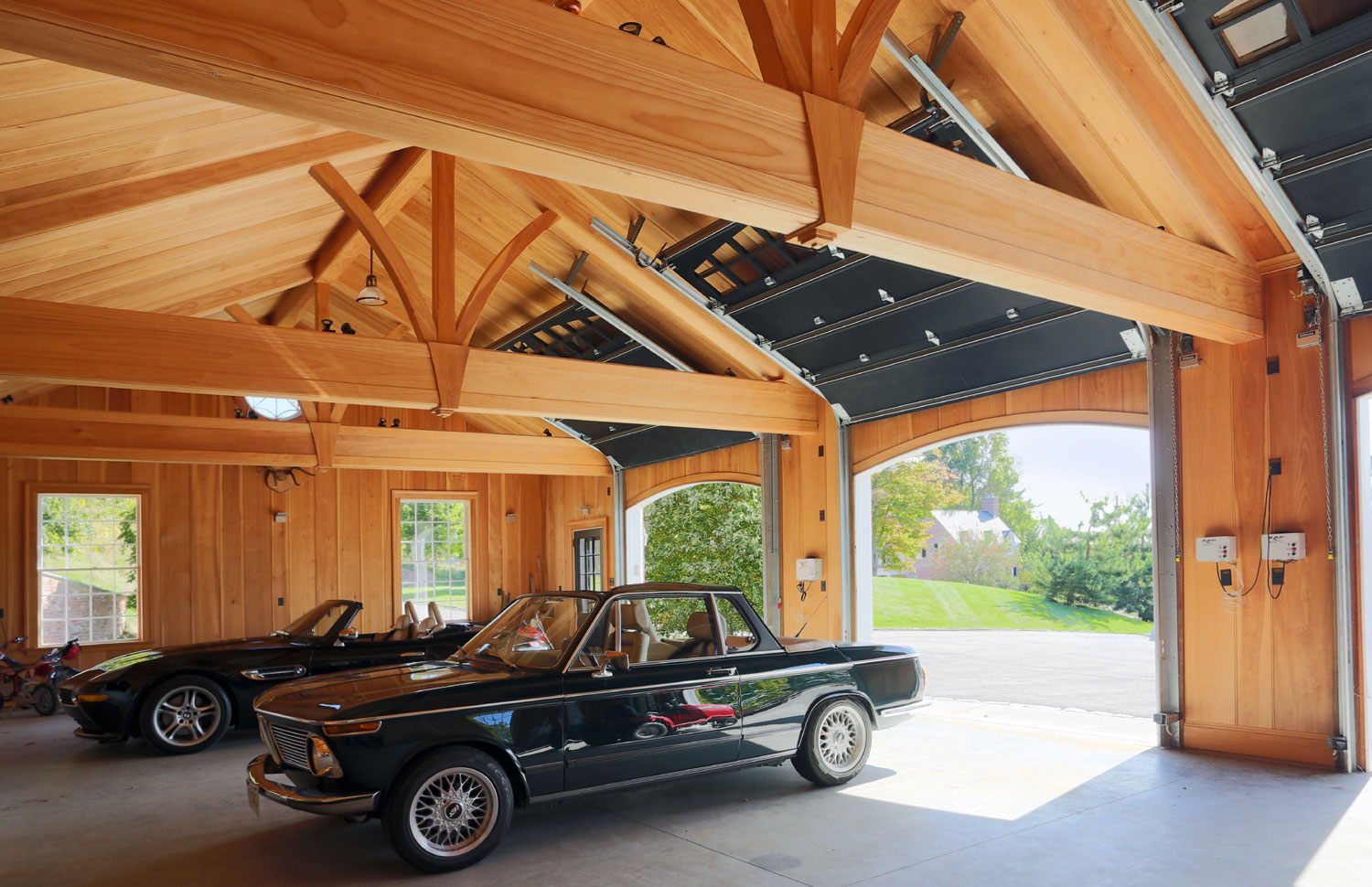 Best of show dream homes for car collectors for Car collector garage plans