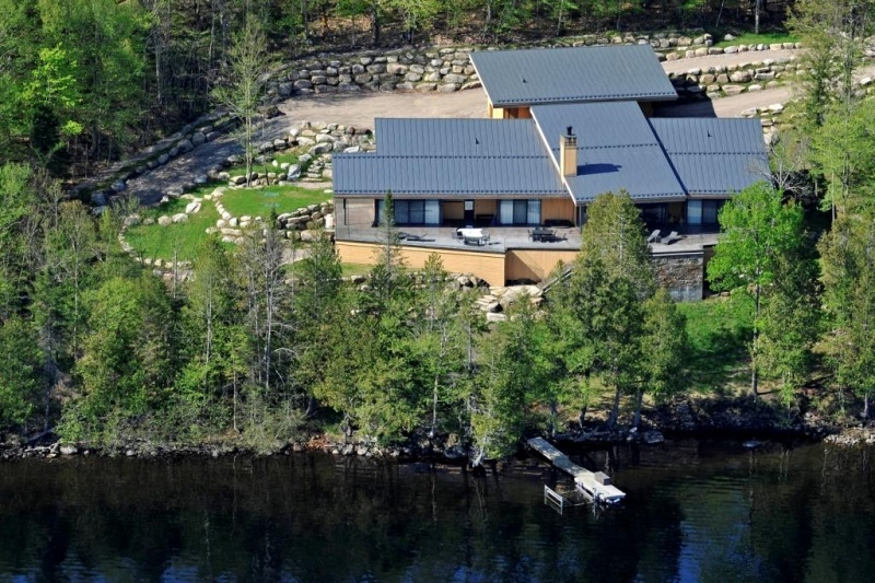 <b>C$4,900,000<br/>5 Bedrooms, 7,000 sq. ft.</b><br/>This recently constructed contemporary estate enjoys a majestic setting on prestigious Lac Tremblant. Through unique architectural design, this home showcases incredible views of the lake and Mont-Tremblant resort from all rooms while maintaining a sense of privacy. This is truly one of the most exceptional properties offered for sale in the area.