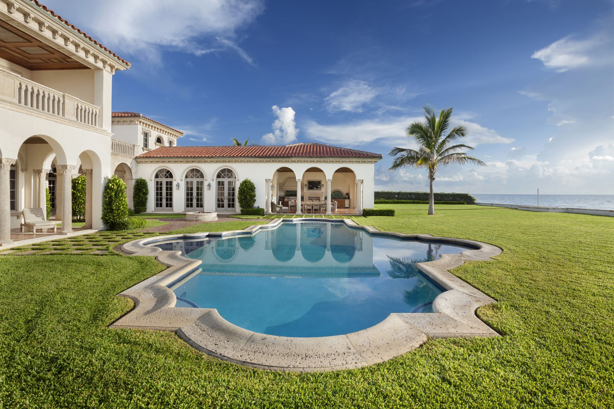 Palatial Ocean-to-Intracoastal Estate - Florida