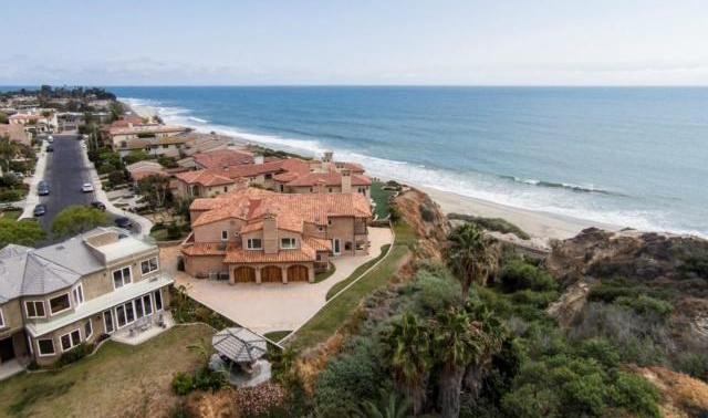 <b>5 Bedrooms, 5,562 sq. ft.</b><br/>This magnificent custom-built residence in the gated Cyprus Cove community includes five bedrooms, six baths, and a three-car garage. Located in a quiet cul-de-sac, this oceanfront home enjoys spectacular white-water views and sunsets.