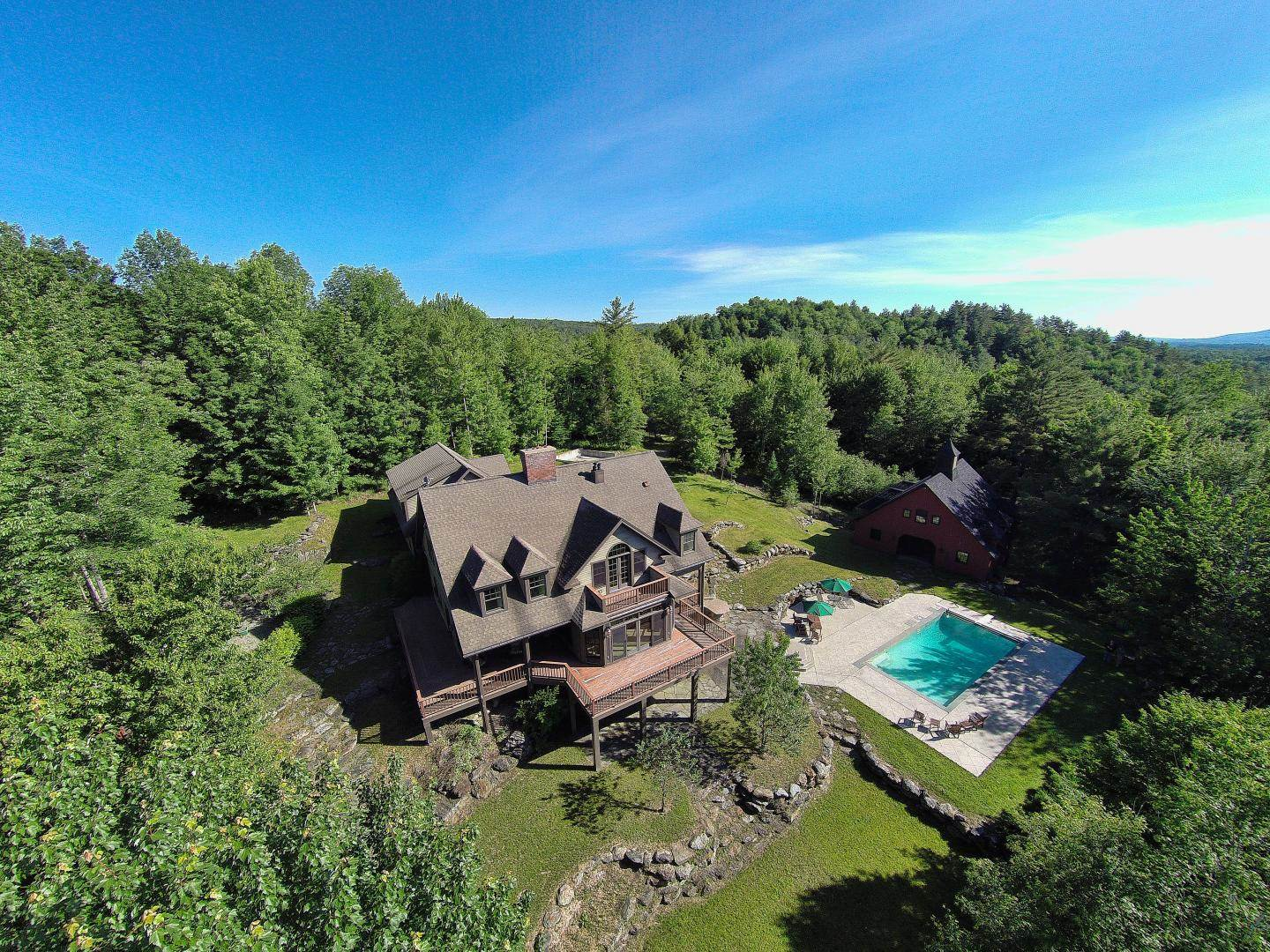 A magnificent estate in Stowe, Vermont, set on 2.2 acres
